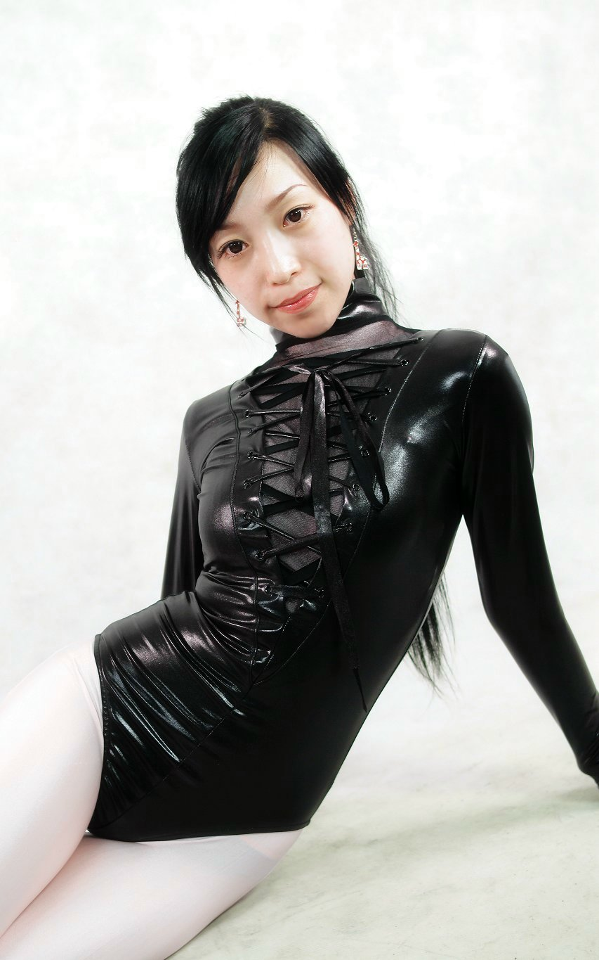 Black Shiny Spandex Long Sleeve Bodysuit