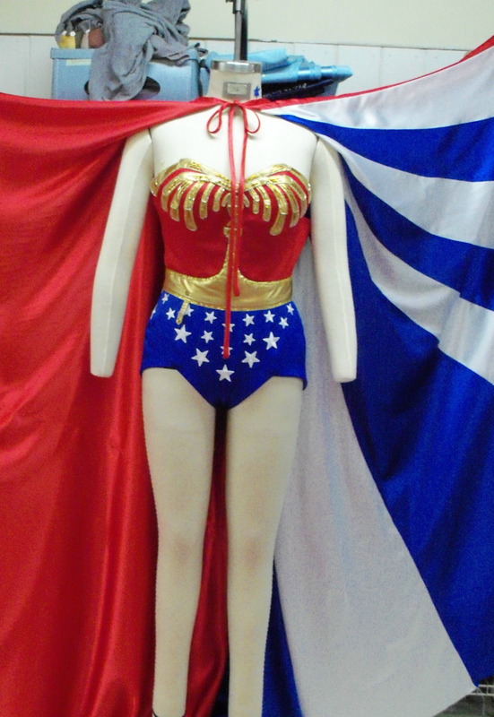 Wonder Woman Cosplay Costume With Cape 16091801